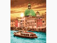 Яркий закат Венеции