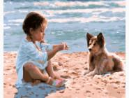 Девочка с собакой на пляже