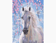 Лошадь в цветах сакуры