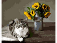 Котик и букет подсолнухов