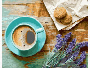 Кофе и букет лаванды