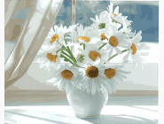 Ромашки в белой вазе