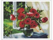 Цветы и букеты Маки на подоконнике