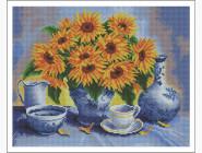 Цветы и букеты Подсолнухи на столе