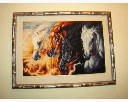 ide_D140 набор для вышивания Вышивка крестиком Идейка Непокорные кони (D140) Идейка фото набора